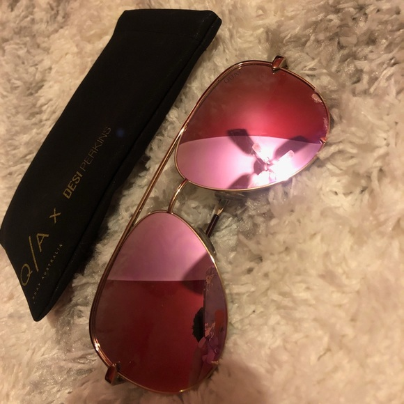 Quay Australia Accessories - Quay x desi Perkins high key sunnies - rose gold